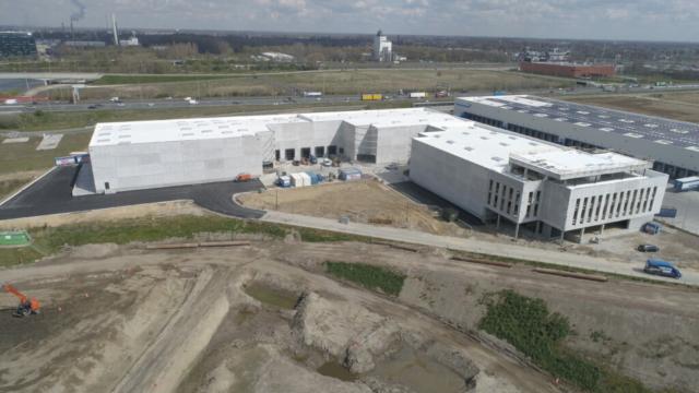 luchtfoto Fabriek Logistiek (©AID - 04/2021)